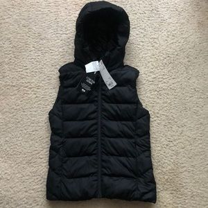 New Uniqlo womens black hooded down stretch vest S